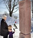 V Nevoľnom si spolu s Mons. Cyrilom Vasiľom pripomenuli výročie požehnania pamätníka nenarodeným
