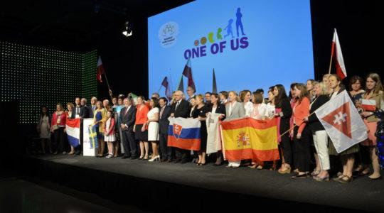 Reprezentanti krajín celej Európy  sa zišli na II. európskom fóre Federácie JEDEN Z NÁS a žiadajú od vlád podporu života a rodiny