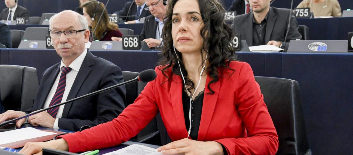 Miriam Lexmann v pléne Európskeho parlamentu.
